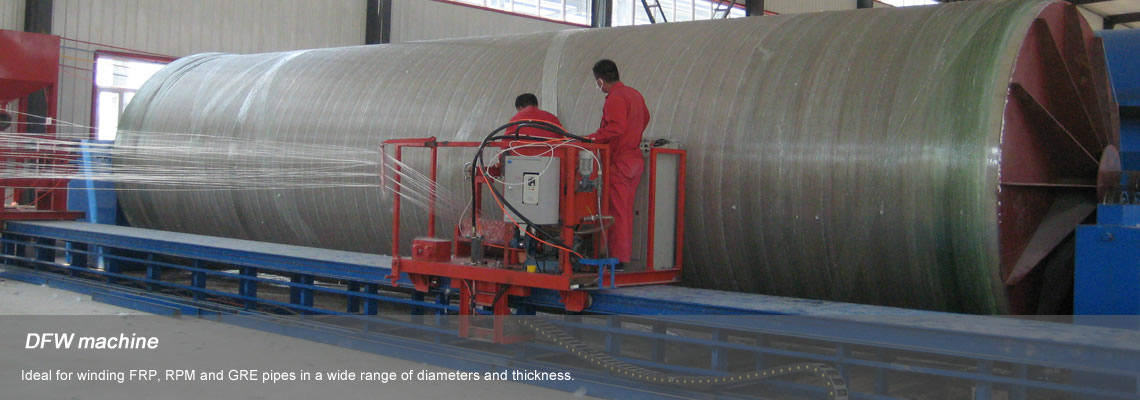 Two persons are working in the trolley of discontinuous filament winding machine.
